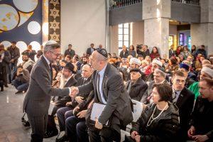 Министр по делам Европы германского МИД Михаэль Рот выступил с речью на открытии.